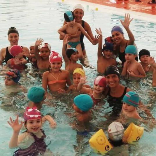 gallery-nuoto-bambini-4